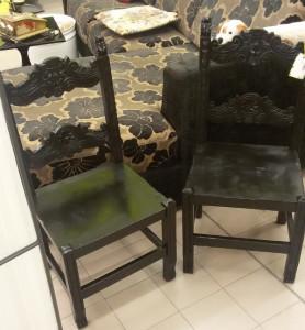 Coppia vecchie sedie - € 95