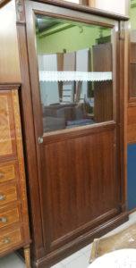 Mobile con vetrina 105 x 46 h.188 cm. - 199 €