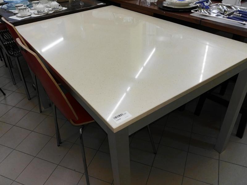 Tavolo fisso piano okite (Venduto) | Il SuperMERCATINO dell\'Usato