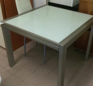 Tavolo quadrato 90 x 90 raddoppiabile - € 119.90