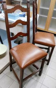 Coppia sedie classiche - € 14.50