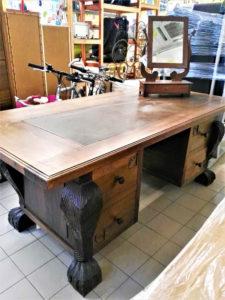 Scrivania legno massello 195 x 95 cm. - € 549