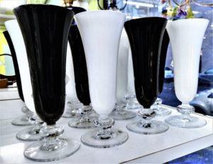 Set 12 bicchieri bianco/neri NUOVI - 12 €
